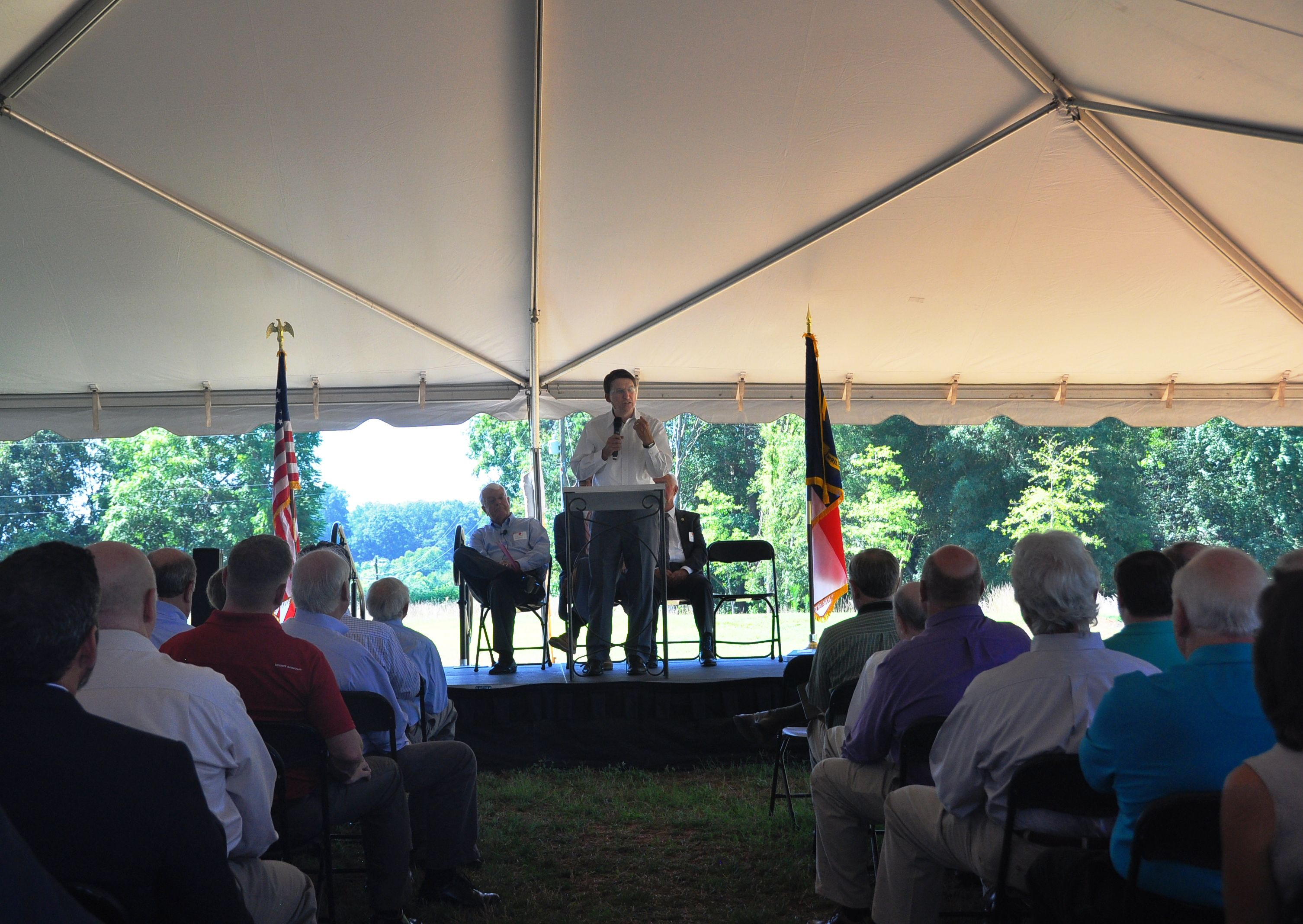 Gov. McCrory addresses the crowd at the Carolina Nonwovens dedication in Maiden, NC.